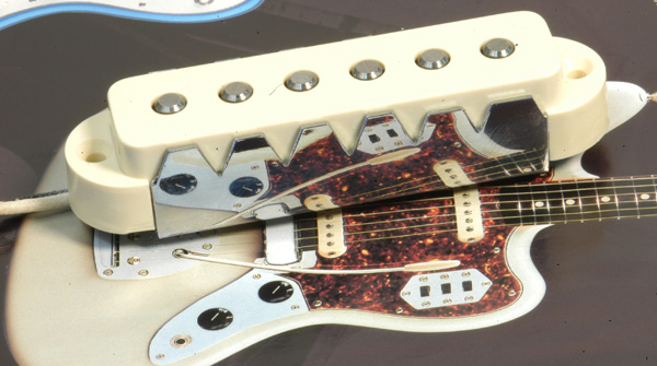"""Anno 1962, una chitarra dedicata al """"Surf""""."""