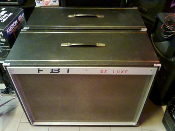 ho trovato un cabinet FBT De Luxe (con 2 coni da 1...