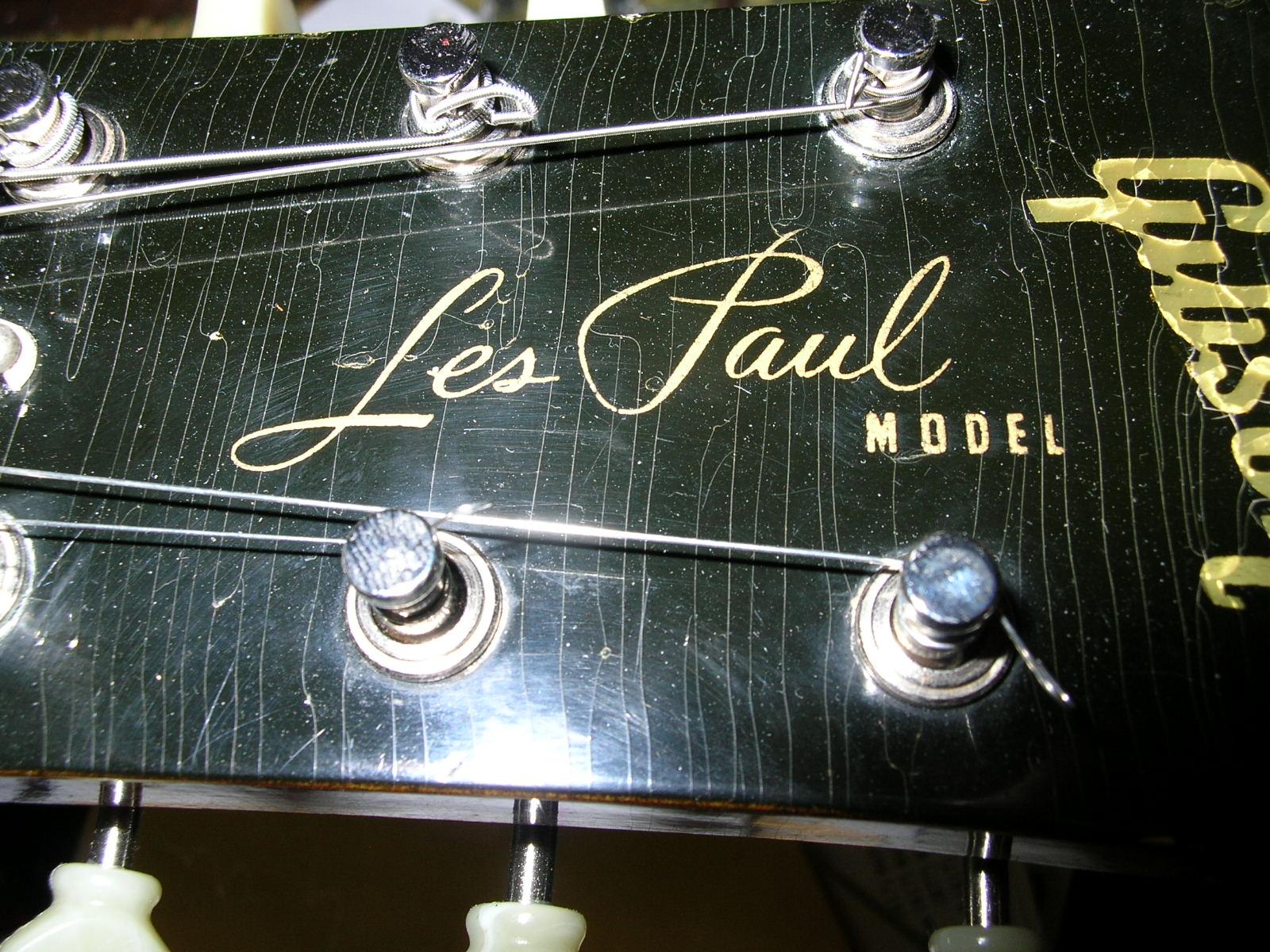 """Gibson Les Paul e le varianti del logo """"Silkscreen"""""""