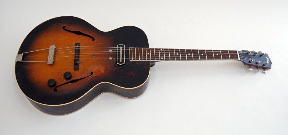 accordo la prima chitarra elettrica da jazz