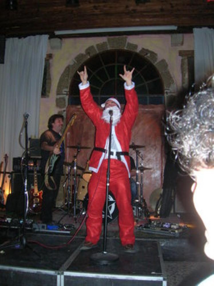 Grappa Xmas Jam, Babbo Natale è rock