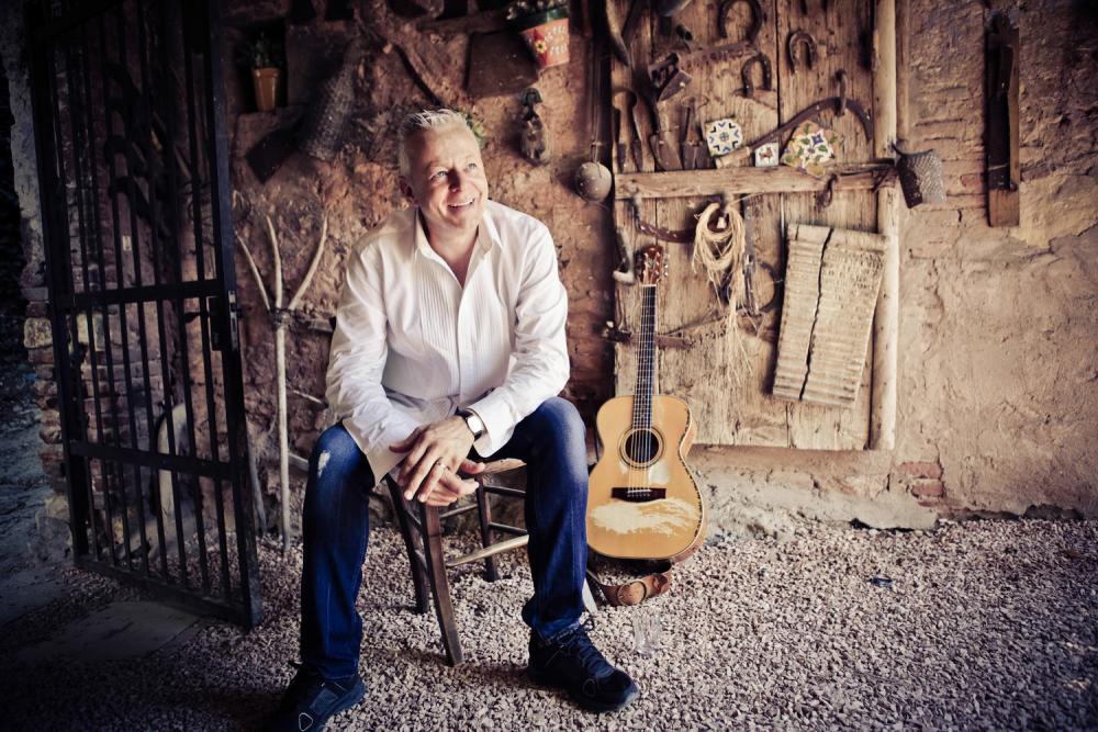 Tommy Emmanuel: collaborare con altri musicisti