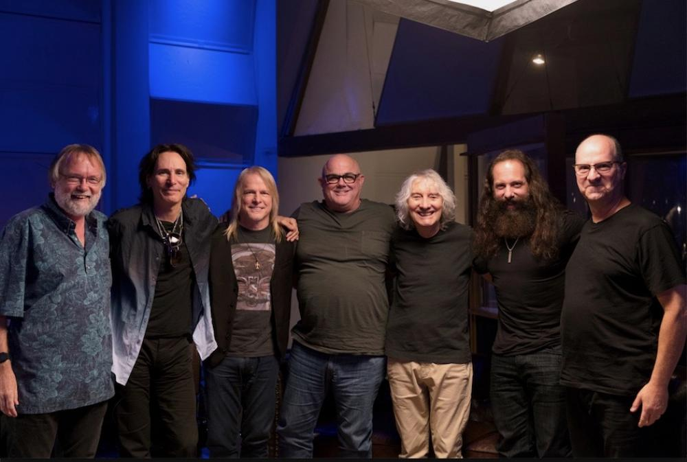 "Vai, Morse, Petrucci, Luke e Albert Lee: ""The Mutual Admiration Society"""
