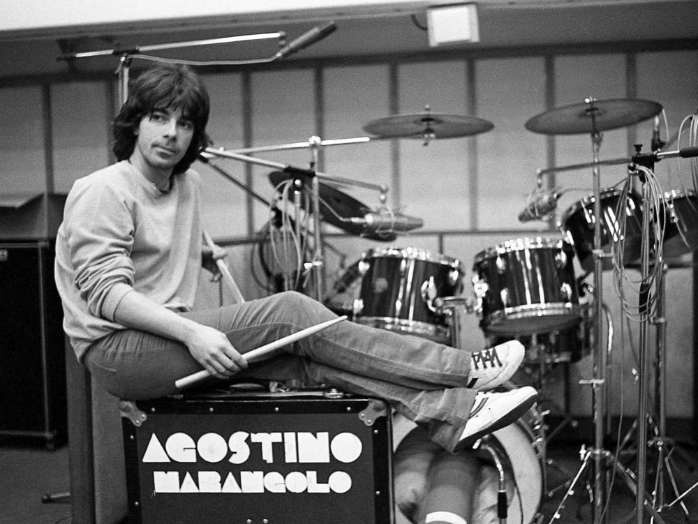 "Agostino Marangolo: come suonare ""A me me piace o Blues"""