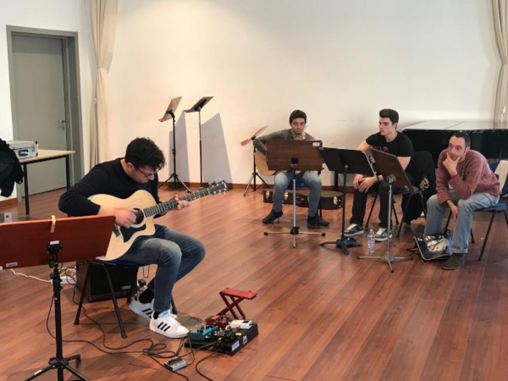 La chitarra acustica fingerstyle al conservatorio