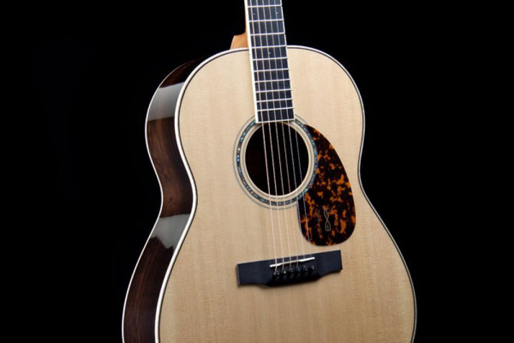 Antonello D'Urso: la finitura cambia il suono di una chitarra