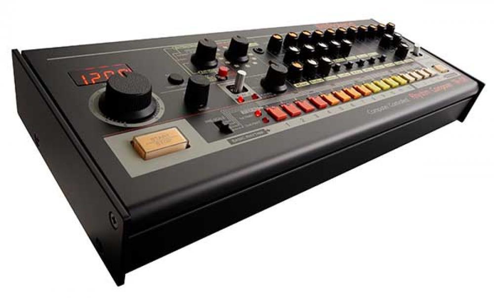 Roland TR08: la drum machine più famosa al mondo si trasforma