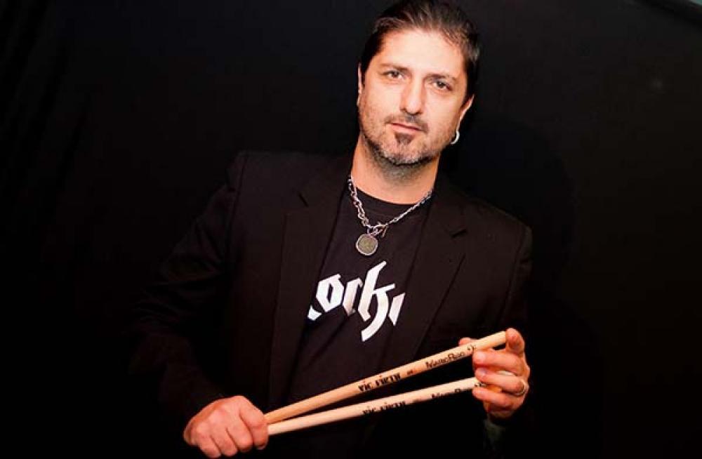 Mario Riso dai Rezophonic al palco di Reference