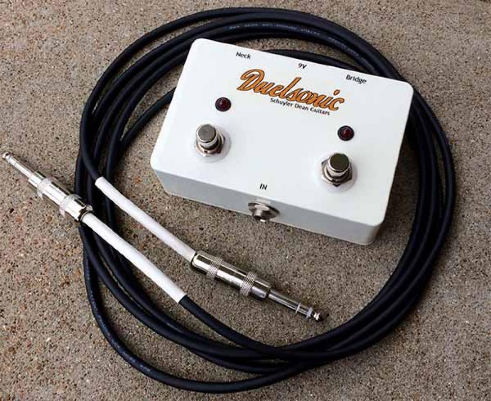 La Duelsonic è un nuovo concetto di chitarra stereo