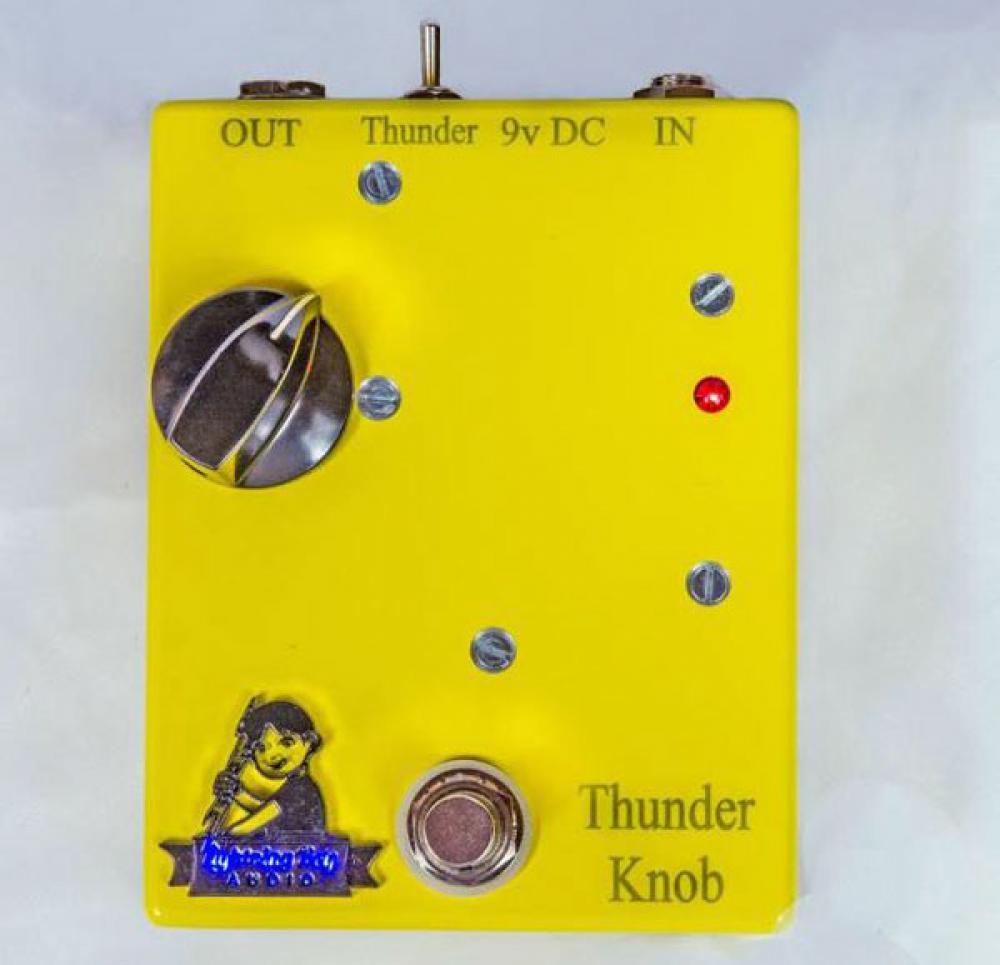 Thunder Knob: valvole ad alto voltaggio in pedaliera