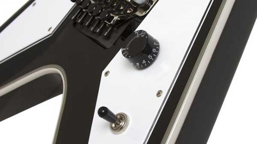 Epiphone Richie Faulkner Flying V Custom Outfit