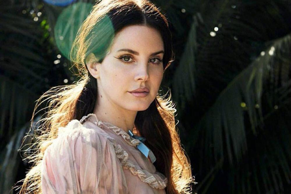 """Lana Del Rey: """"i Radiohead mi hanno fatto causa"""" ma non è vero"""