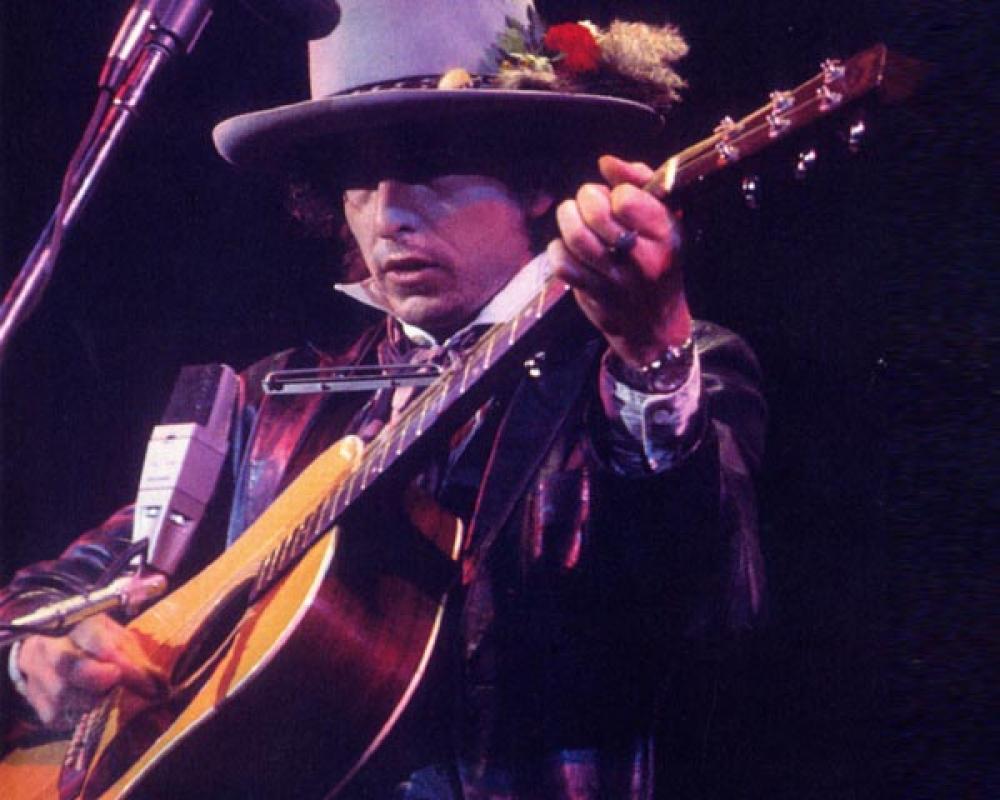 La Martin D28 vintage di Bob Dylan all'asta per una cifra da capogiro