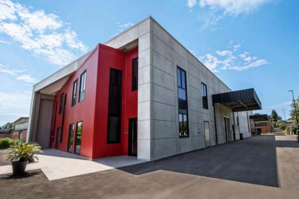IK Multimedia rinnova la sede per valorizzare il made in Italy