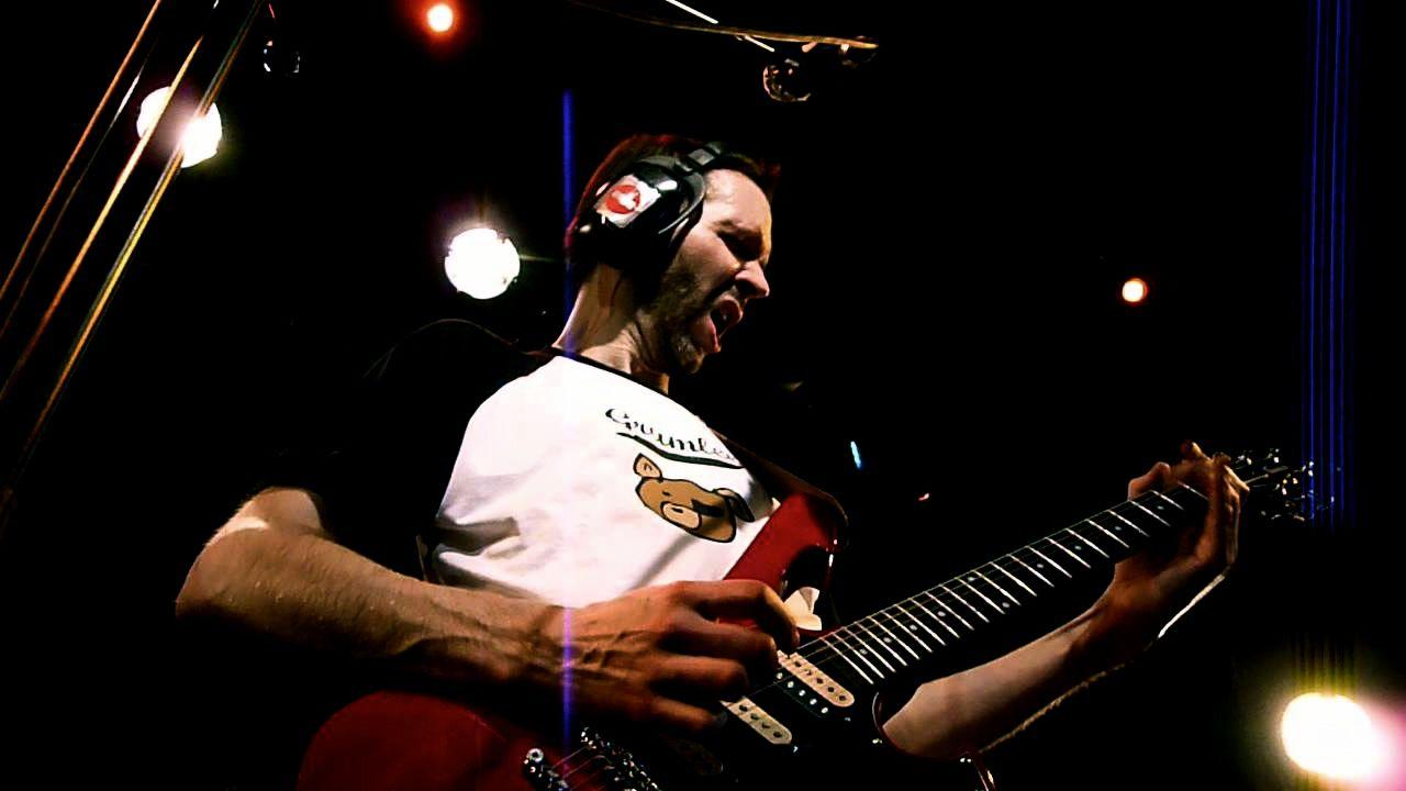 Paul Gilbert: un trucchetto per il RE