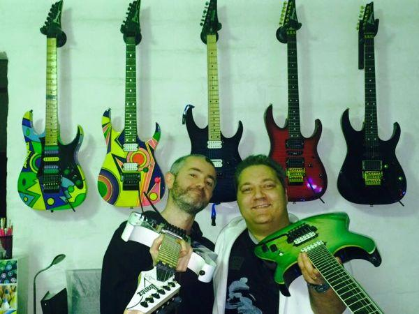 Fago, MiGi e la chitarra con la tenda di Steve Vai tra gli eventi di Custom Shop