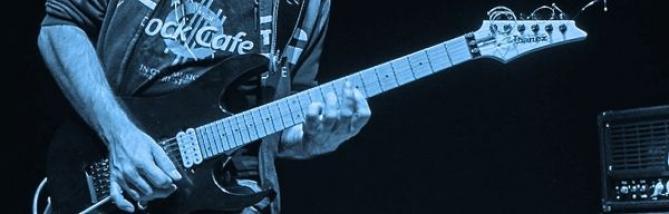 Giacomo Castellano: un riff tra Hendrix e Vai