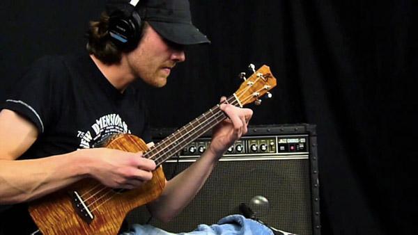 Viaggio nell'ukulele moderno: benvenuto Adrien Janiak