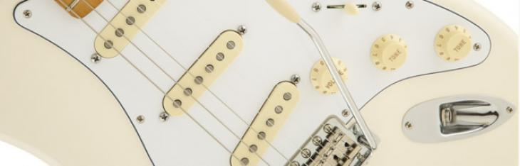 Il mojo di Jimi nella prima Stratocaster ufficiale reverse-non-reverse