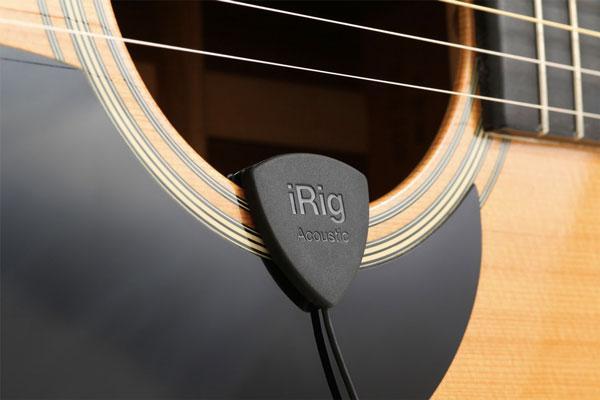 iRig Acoustic: la registrazione acustica in un plettro a clip