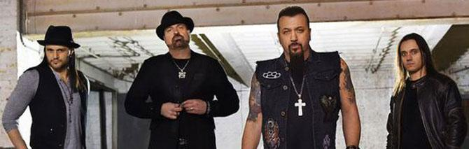 Grave incidente per gli Adrenaline Mob