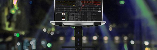 Gravity laptop stand: leggero e robusto