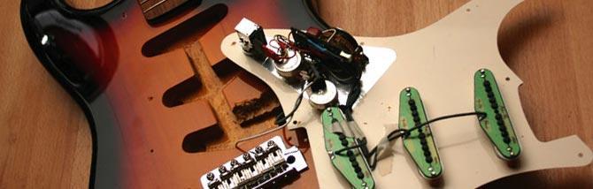 Come sostituire un pickup sulla chitarra elettrica