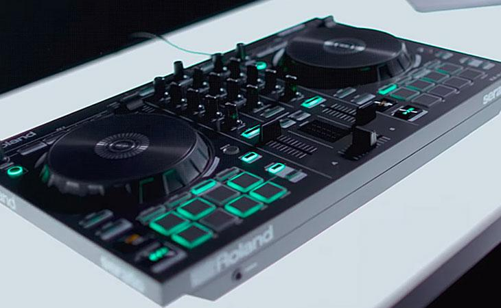 Roland DJ202 ti regala bundle e sconti